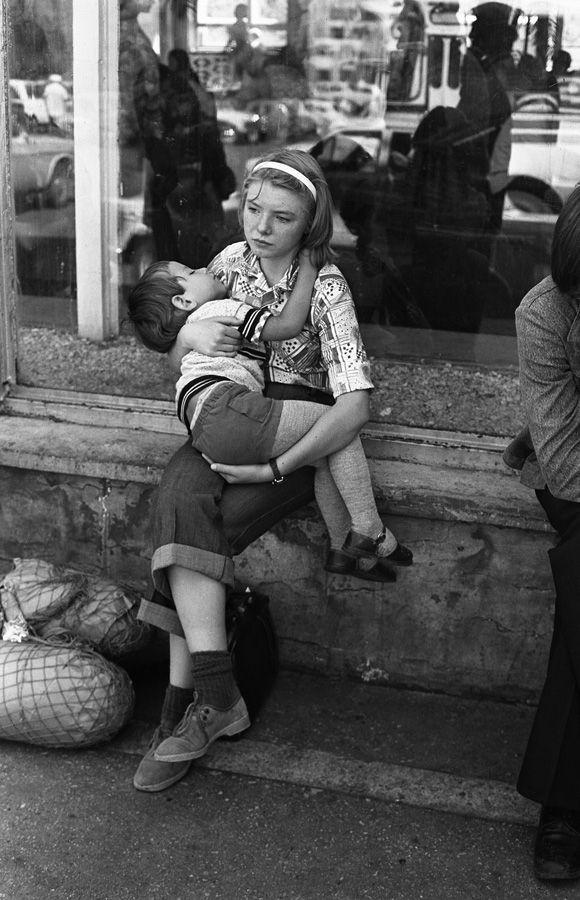 Старшая сестра. Новокузнецкий аэропорт. Кузбасс. Сибирь. 1.08.1979