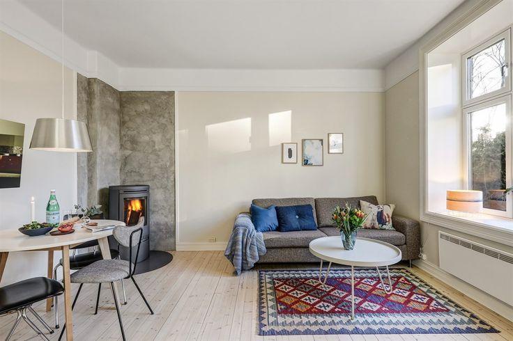 FINN – Idylliske Rosenhoff: Stor 3-roms på hele 80 kvm med klassiske detaljer og en frodig bakgård. Rolig beliggenhet i enveiskjørt gate.