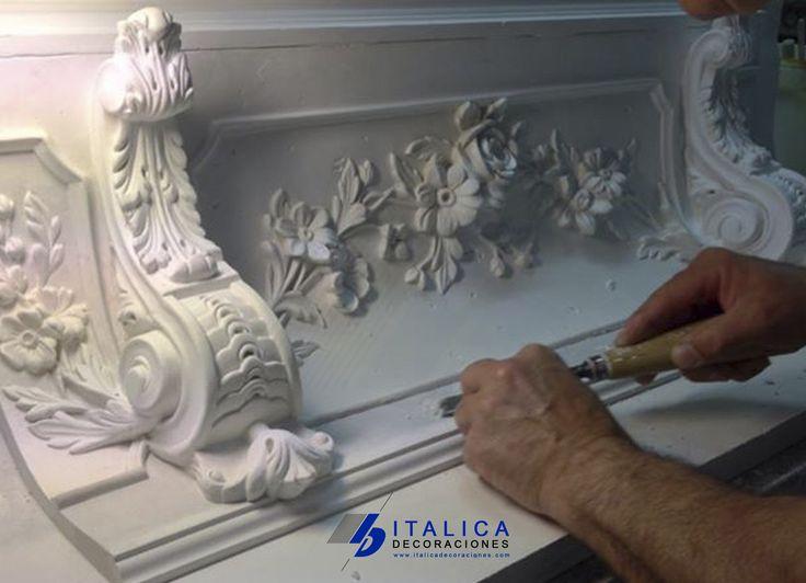 Tallando y Modelando Cornisa Especial Mensuñas ITALICA Decoraciones  italica@italicadecoraciones.com