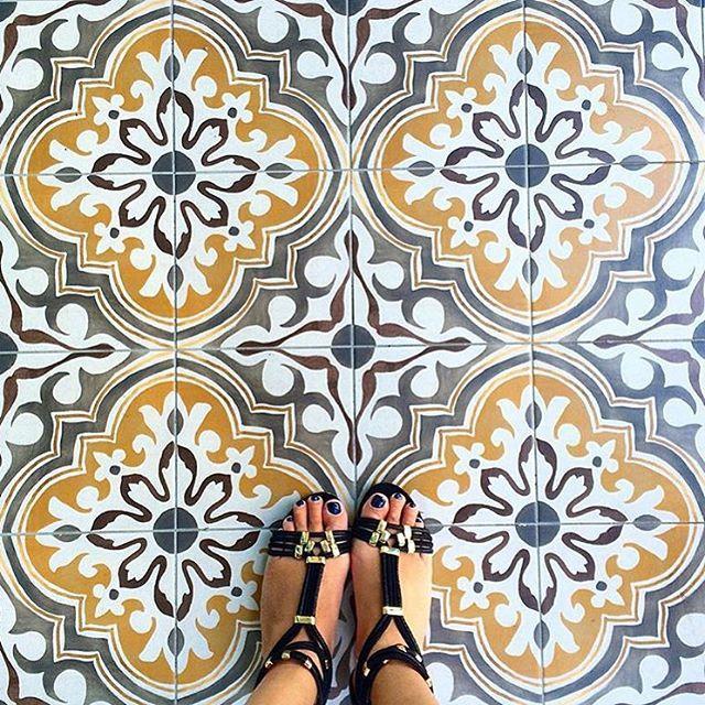 Les 84 meilleures images du tableau tiles sur pinterest for Carrelage 84