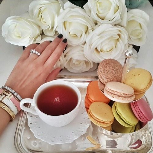 Our Best Breakfast Bar Ideas For A Stylish Good Morning: Good Morning Fashionistas, Have Great Day! #macarons