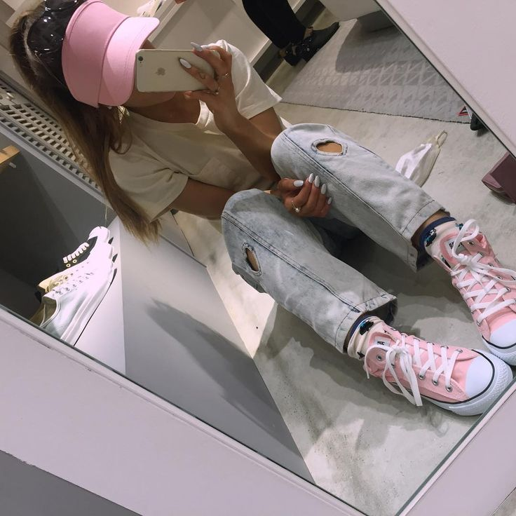 "Ariana Grande on Instagram: ""I AM THE FEMALE TIMMY TURNER. yesterday's purchases in japan ........ (pink visor being my favorite) they kind of all ended up ON me as the day went on p.s. why am I actually @lohanthony here? not Timmy turner at all. #yaslohanthony"""