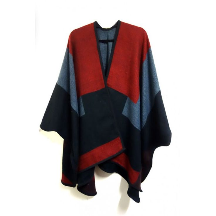 Black Cape-Red. Cosy and warm reversible cape.