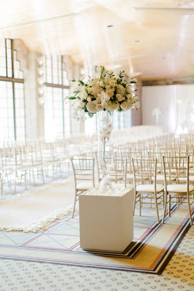 Perfect Beige Wedding Decor Crest The Wedding Ideas
