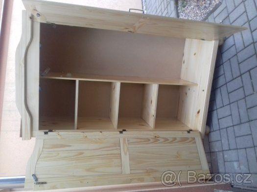 skříň z masivu - 1