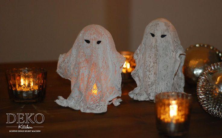 diy beleuchtete halloween gespenster aus mullbinden und gips deko kitchen halloween. Black Bedroom Furniture Sets. Home Design Ideas