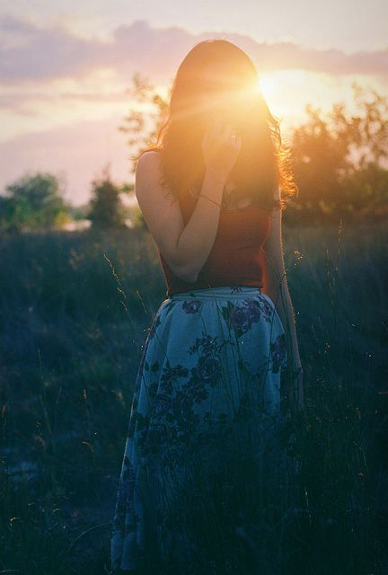 ☪heliophilia:   the sunlight paints us gold  