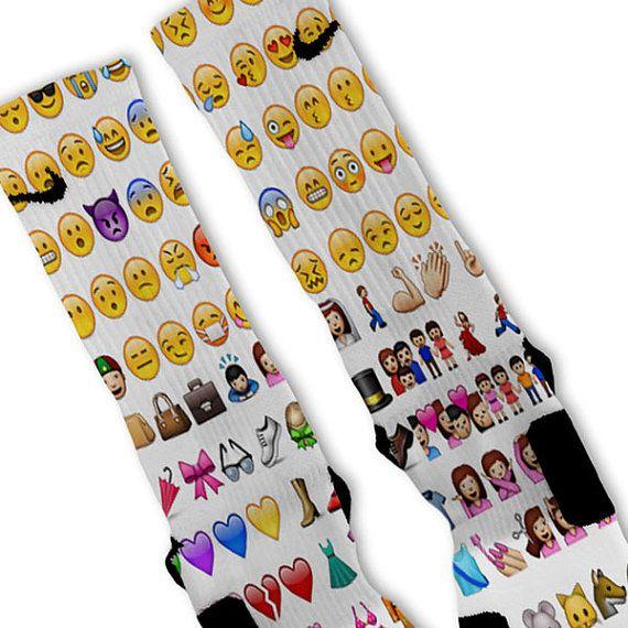 Custom Nike Elite Socks Sizes: Small Boys 3Y-5Y Ladies 4-6 Medium Mens 6-8 Ladies 6-10 Large Mens 8-12 Ladies 10-13 FAST SHIPPING!! If you