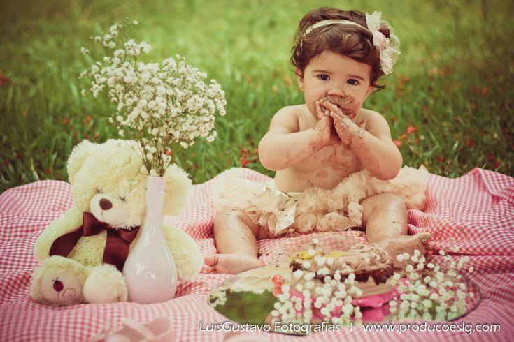 book infantil, ensaio infantil, família, bolo, bebê, 1 aninho, fotografia de criança, foto, Luis Gustavo Fotografia,smash the cake, menina, bailarina, tutu