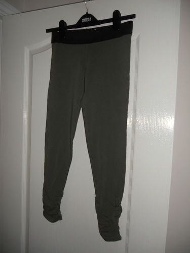 BRAND NEW GIRLS MARKS & SPENCERS LEGGINGS IN SAGE COLOUR AGE 12 YEARS   eBay