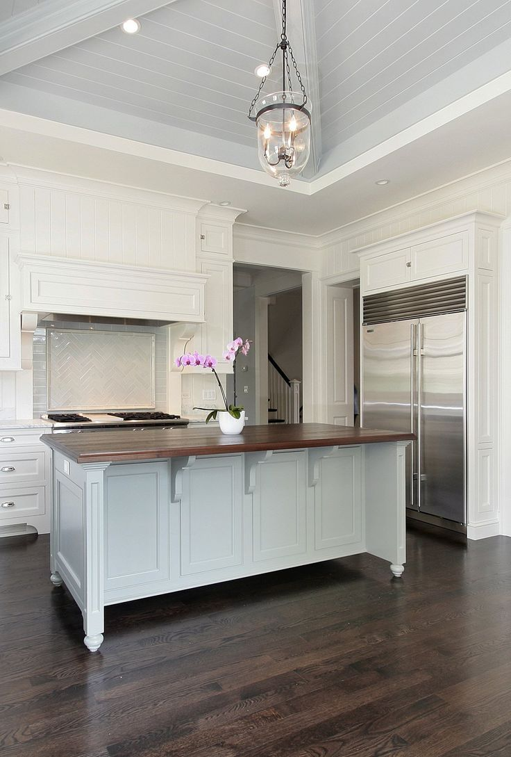 Luxury Kitchen In New Home Construction Oakville Burlington