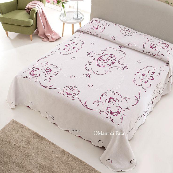 Oltre 25 fantastiche idee su copriletto a fiori su for 5 case kit da letto