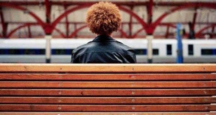 Cerpen Populer  Awal dan Akhir Perjalanan Cinta Di Stasiun