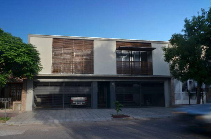 Encontrá las mejores ideas e inspiración para el hogar. Uspallata 460 por trama arquitectura | homify