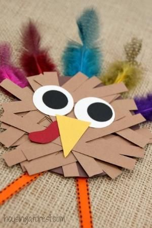 Thanksgiving Crafts for kids ~ Paper Strip Turkey by ophelia