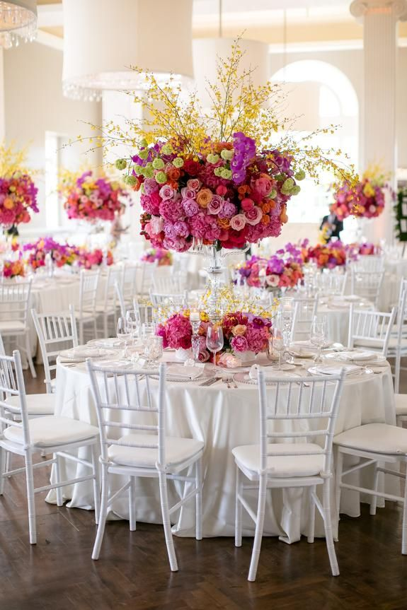 For An Event Most Extraordinary Choose Linen Effects Your Leading Event Rental Decor Company In The Wedding Decorations Wedding Centerpieces Renewal Wedding