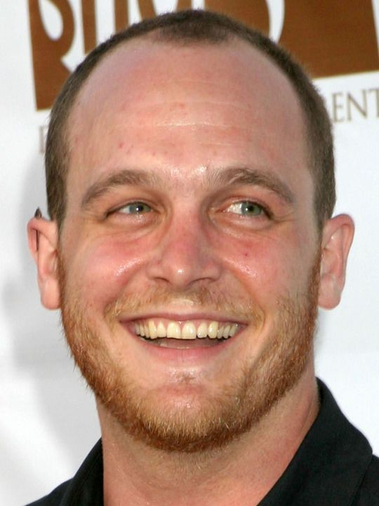 #EthanEmbry is actually Pete in #SneakyPete