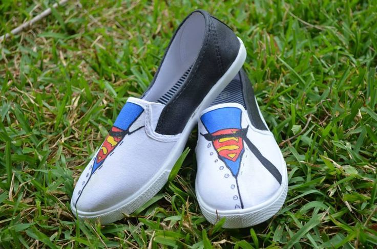 Superman Painted Shoes | Superman Hand Painted Shoes https://www.facebook.com/CarriesHobbyShop
