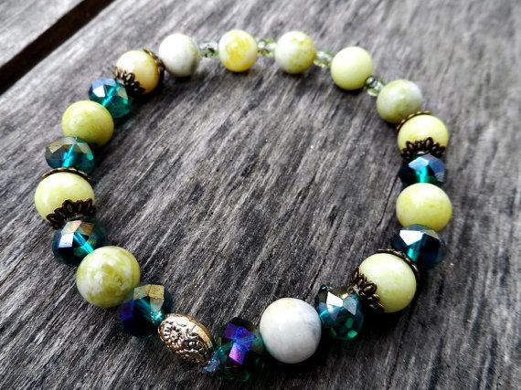 natural green jade crystal  beads bracelet nice by RasikaWorkshop