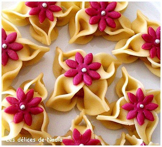 Les fleurs El Yasmina (gateaux algeriens)
