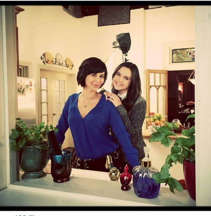 Bailee Madison and Catherine Bell Behind the scenes Good Witch