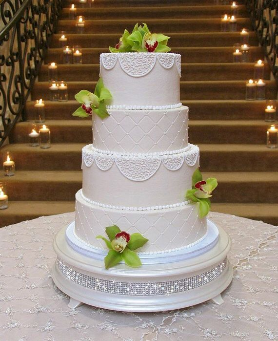 16 inch Ivory Pearl Diamond Wedding Cake Stand by WeddingFads on Etsy https://www.etsy.com/listing/103231370/16-inch-ivory-pearl-diamond-wedding-cake