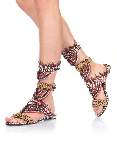 Shop all of your favourite Aquazzura shoes online.
