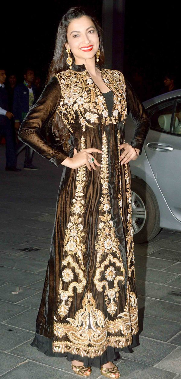 Gauahar (Gauhar) Khan at Shirin Morani's wedding reception. #Bollywood #Fashion #Style #Beauty