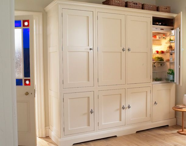 Larder cupboards with integrated refrigeration