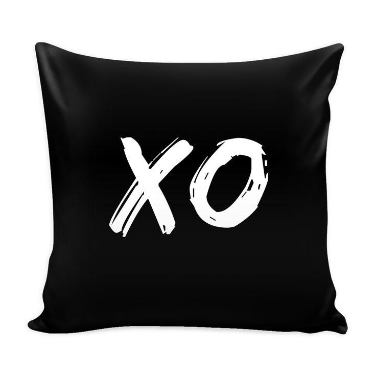 XO Pillow Cover