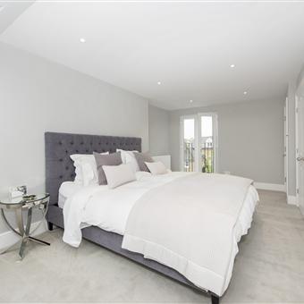 Loft Conversion Master En-Suite | Renovation Project Surrey | Discover more www.mycasainteriors.com