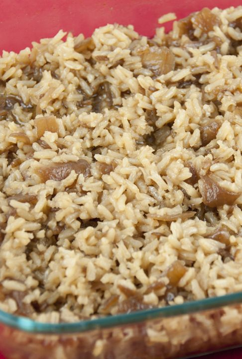 It only takes 4 ingredients to make this easy French Onion Soup Rice side dish that is packed with flavor! It goes with any dinner and is great for guests.