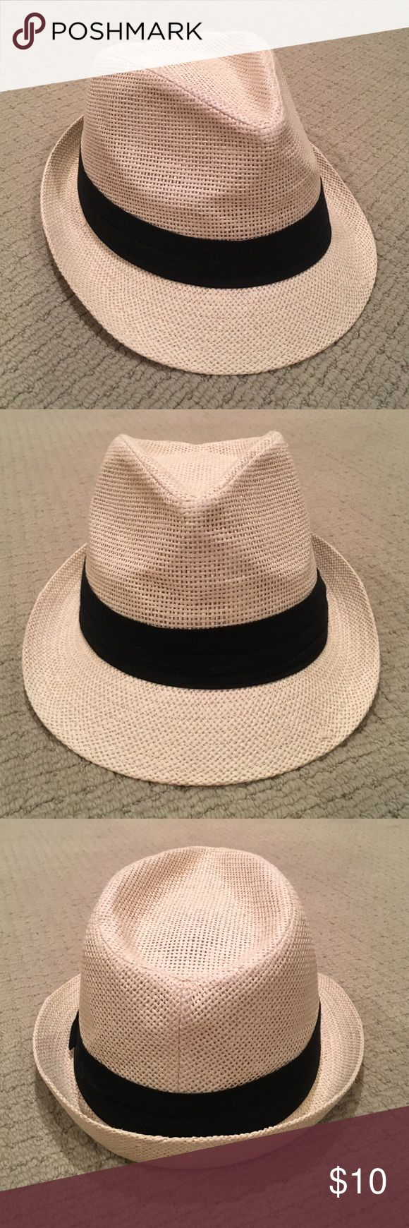 The Hatter Co. Tweed Cuban Style Fedora Hat  The Hatter Co. Tweed Classic Cuban Style Fedora Fashion Cap Hat! One size fits most. Like new! Ivory and black.  The Hatter Company Accessories Hats