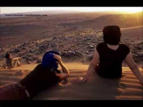 Flûte au désert de Grand Erg Oriental de la Tunisie pendant une méharée <3 <3 Rejoignez !!