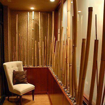 Si tienes casa de playa, las cañas de bambú y ramas de palmera, ya sean naturales o artificiales, combinan perfectamente con el estilo playero. #adondevivir