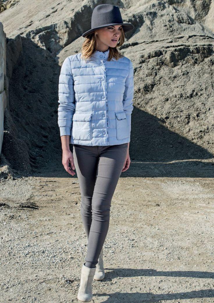 Eider-down Linda's mod.4005 - New Collection 2016. Follow us: www.lindas.it #jacket #eiderdowns #downjacket #women #girl #newcollection #spring #summer #fashion #fashionstyle #bonton #girly #romantic #italianstyle #fashionwoman #jackets #musthave #pinterest #jacketwoman #followus