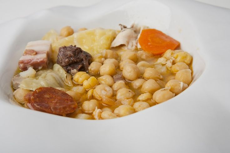 Receta para preparar un tradicional cocido madrileño