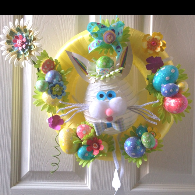 Wreath I made for Easter :)Worth Reading, Crafts Ideas, Book Worth, Hoppity Easter, Holiday Crafts, Holiday Decor, Hippti Hoppity, Diy Projects