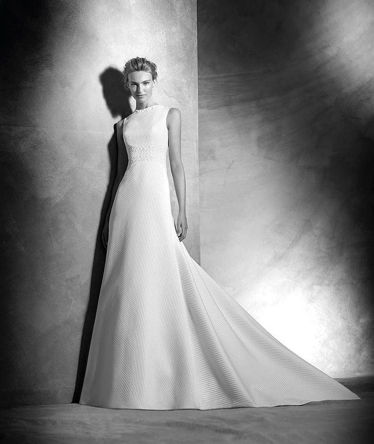 Vespera, original wedding dress, crew neckline, classic style