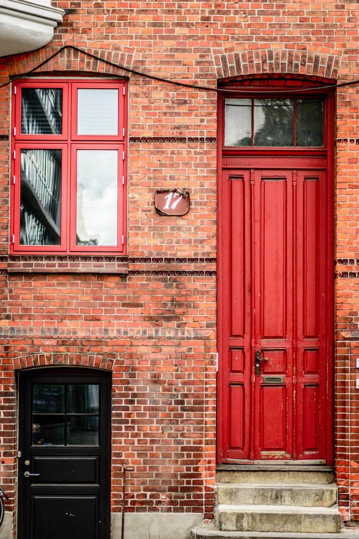 Bricks and doors - null
