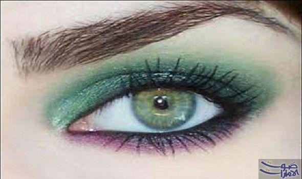 تعرفي على خطوات استعمال مكياج العيون الزيتية تعتبر العيون الزيتية من أجمل العيون وأكثرها تميزا ولكن Makeup For Green Eyes Smokey Eye Makeup Green Eyeshadow