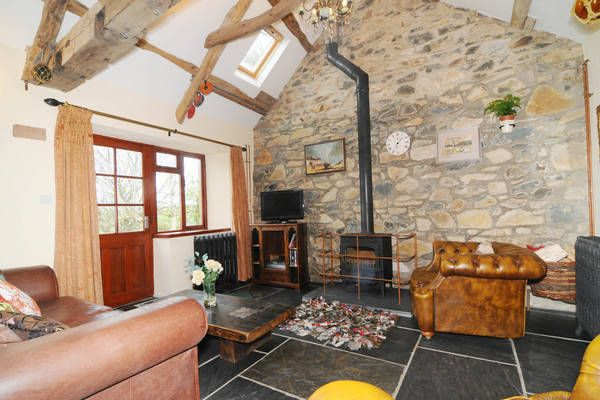 View full details of Y Bryn Cottage
