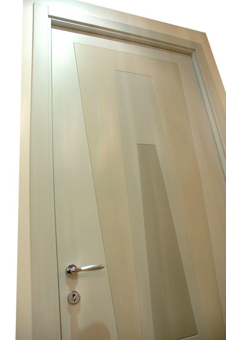 Zoom-door-Design by Alessandro Vangone.