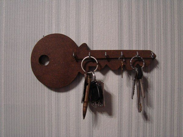 Настенная ключница: 102 фото элемента стильного дизайна своими руками | 450x600