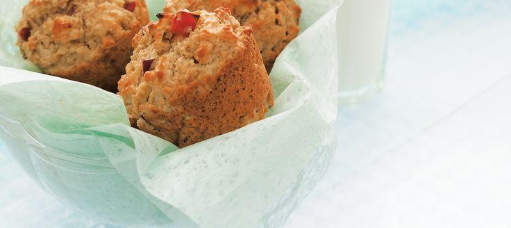 L'harmonie des pommes et de l'érable rehausse parfaitement le goût de ces muffins moelleux à l'avoine. Un excellent petit déjeuner sur le pouce.