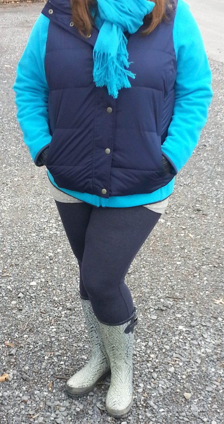 Old Navy blue fleece; Old Navy blue vest; blue acrylic scarf; Old Navy cotton blue plaid shirt; blue and white striped tank; blue leggings; GAP blue and white wellies; #365daywardrobeplus #casualoutfit #winteroutfit #rainyday #plussize