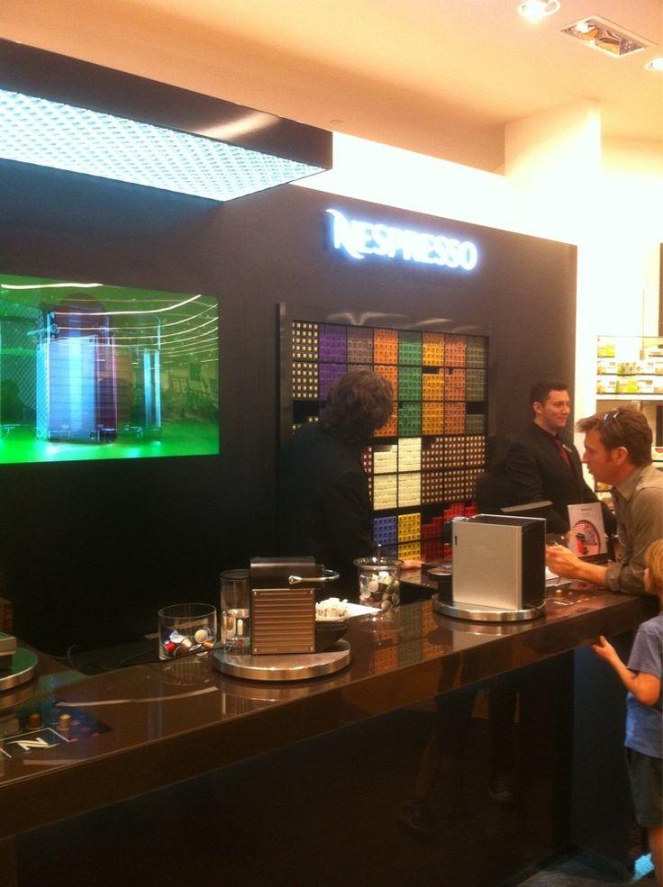 Nespresso Boutique at Bloomingdale's - Los Angeles, CA, Estados Unidos