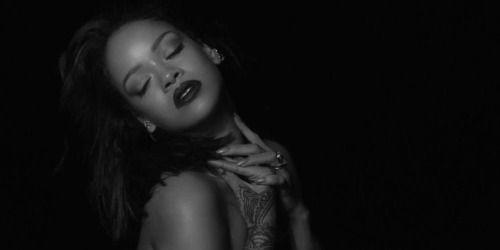 Rihanna lanza picante vídeo | Ya lo viste?...