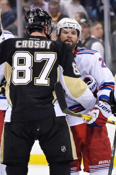 NHL: New York Rangers vs. Pittsburgh Penguins; Live Radio Stream Info And Preview (LISTEN) http://www.hngn.com/articles/49042/20141111/nhl-new-york-rangers-vs-pittsburgh-penguins-live-radio-stream-info-and-preview-listen.htm