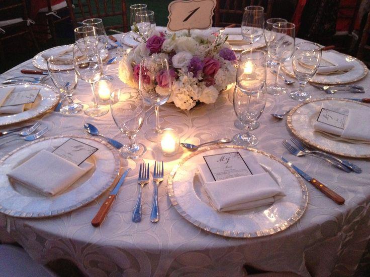 Montaje de mesa para boda wedding table set up bodas y for Mesas de bodas